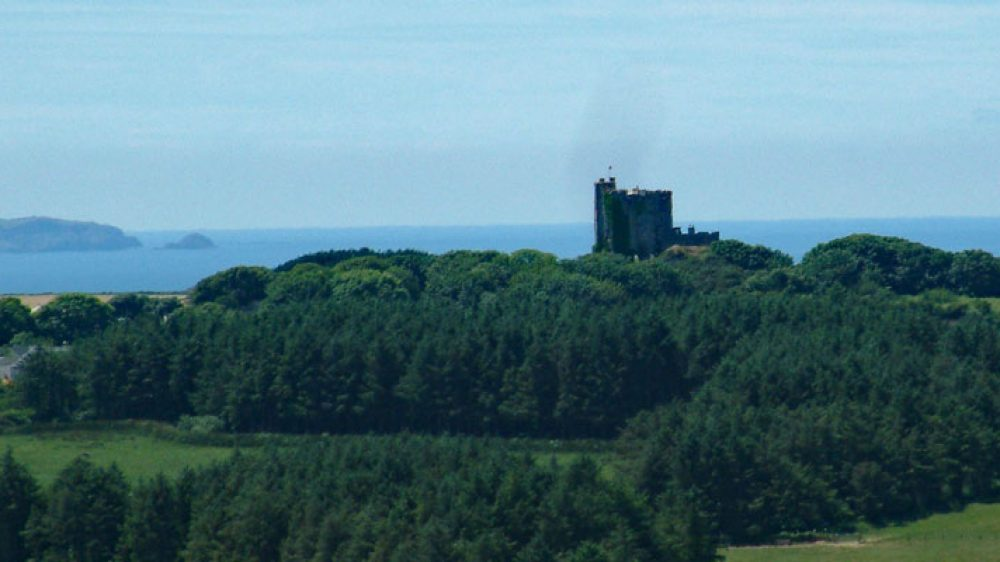 View west to Roch Castle, Pembrokeshire